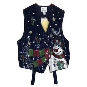 Quaker Factory Womans Christmas Sequence Vest